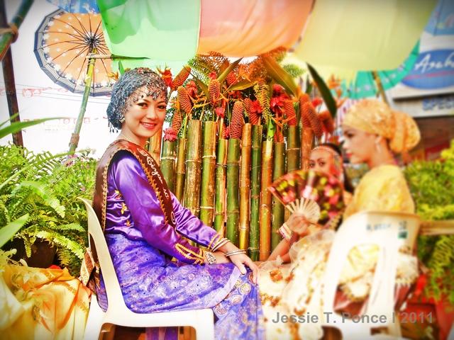 15 Most Photogenic Tribal Ladies of the 2011 Kadayawan