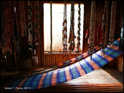 T'nalak Loom, Lake Sebu, Philippines 2010
